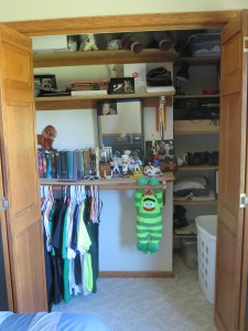 91 Day Declutter Challenge- Kid's Room #2
