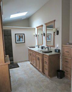 91 Day De-cluttering Challenge- Bathrooms