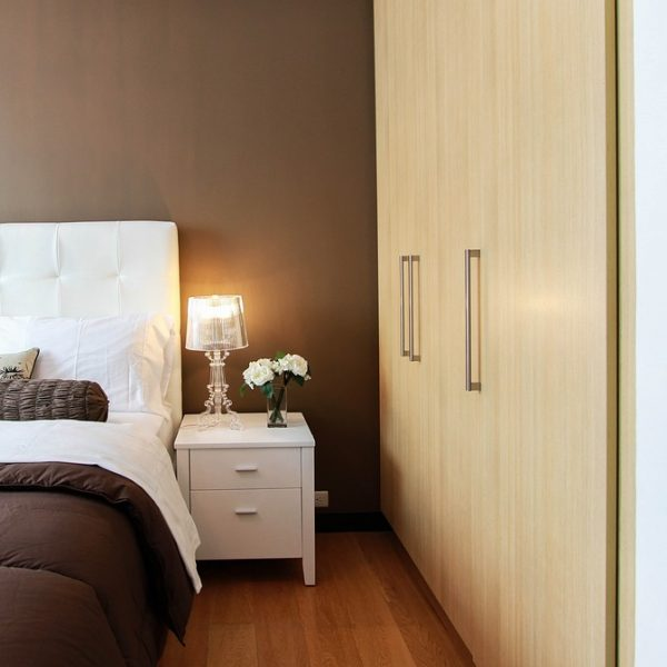 5 Steps to De-Cluttering